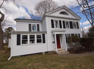 261 High St , Mystic CT