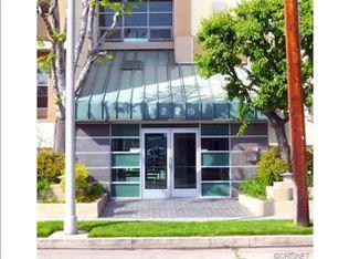 11225 Peach Grove St Unit 206, North Hollywood CA