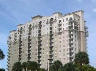 616 Clearwater Park Rd Apt 1102, West Palm Beach FL