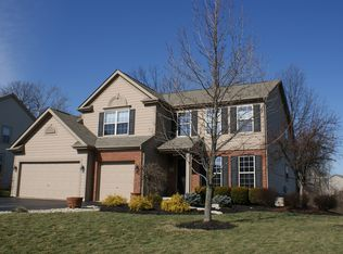 2747 Roe Dr , Lewis Center OH