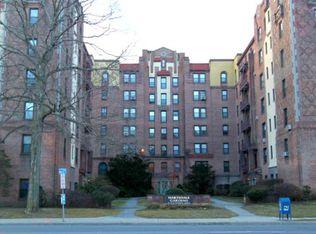 47 N Central Ave Apt 2I, Hartsdale NY