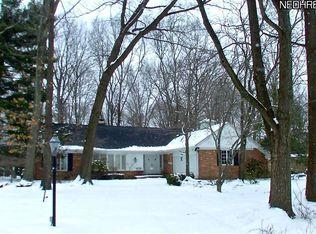 10611 Laurel Ln , Brecksville OH