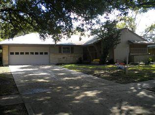 8605 Bob White Dr , Houston TX