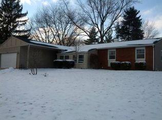 1410 Plainview Rd , Carpentersville IL
