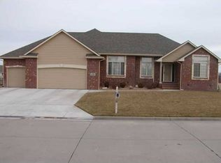 312 Witmarsum West Dr , North Newton KS