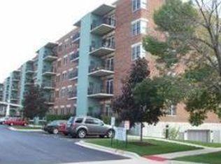 9355 Irving Park Rd Apt 201, Schiller Park IL