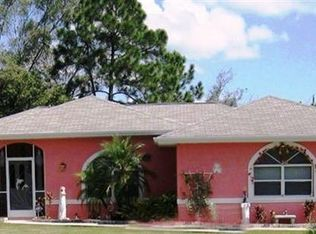 601 E 11th St , Lehigh Acres FL