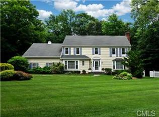 50 Londonderry Dr , Greenwich CT