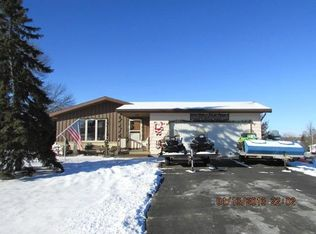 N1779 Maple St , Fort Atkinson WI