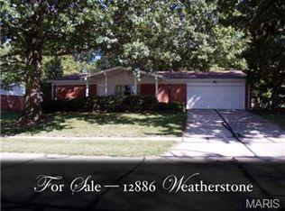 12886 Weatherstone Dr , Florissant MO