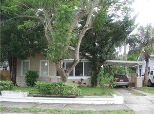 302 28th St W , Bradenton FL