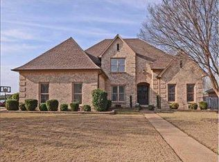 705 Green Oaks Ln , Collierville TN