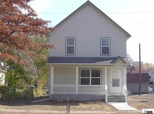 418 SW Taylor St , Topeka KS