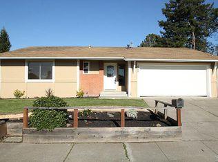 509 Crinella Dr , Petaluma CA