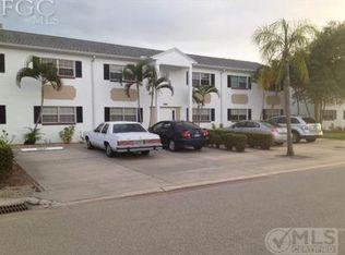 1514 Edgewater Cir Apt 3D, Fort Myers FL