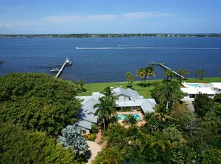 31 SE Harbor Point Dr , Stuart FL