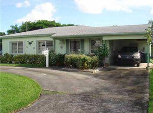 7520 SW 32nd St , Miami FL