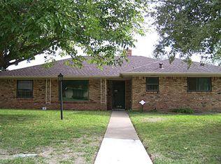 1218 NW 14th St , Grand Prairie TX