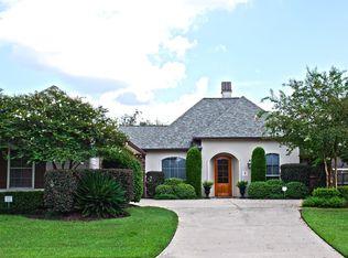 10128 Chestnut Oak Dr , Baton Rouge LA