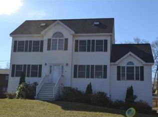 167 Willis Dr , North Chelmsford MA