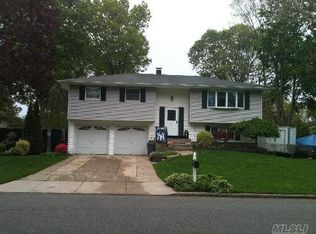 17 Forest Ave , Port Jefferson Station NY