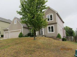 2317 SW Westminster Dr , Lees Summit MO