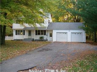 847 Bloomfield Ave , Windsor CT