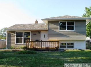 2355 16th Ave E , Maplewood MN
