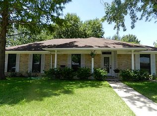 1505 Sam Houston Dr , Garland TX