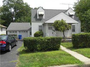 332 Oak Ave , Woodbridge NJ