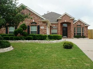 5325 Meadow Valley Dr , Fort Worth TX