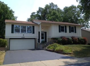 440 Old Mill Grove Rd , Lake Zurich IL