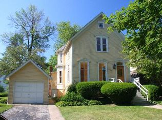 1041 Forest Ave , Wilmette IL