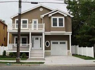 112 E Buttercup Rd , Wildwood Crest NJ