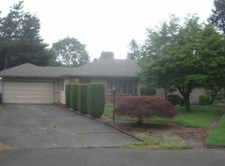 10310 NE Russell Ct , Portland OR