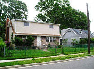 504 Whitestar Ave , West Hempstead NY