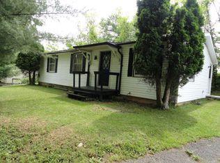 535 Dogwood Rd , Tazewell VA