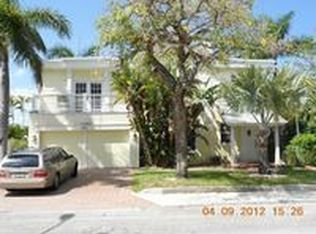295 Queens Ct , West Palm Beach FL