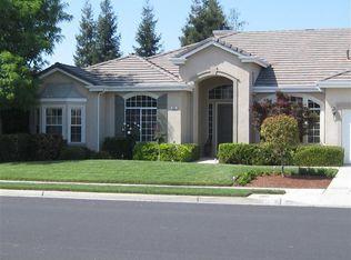 563 W Muncie Ave , Clovis CA