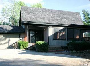 18207 Boxwood Ct , Hidden Valley Lake CA