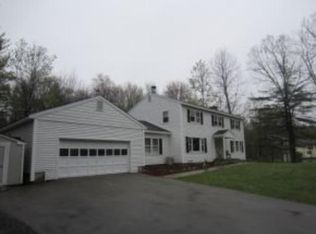 28 Mulberry Ln , Bedford NH