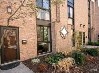 3020 N Waterloo Ct Unit 6, Chicago IL