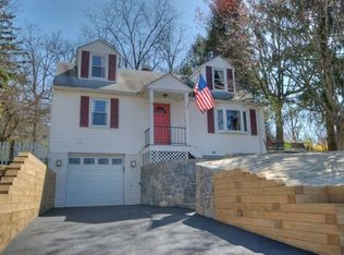 19 High St , Mount Kisco NY