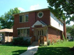 9043 Forestview Rd , Evanston IL