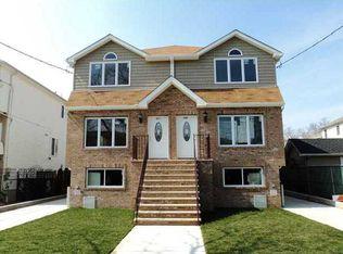 511 Mill Rd , Staten Island NY