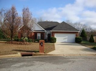 110 Holbeck Ct , Warner Robins GA