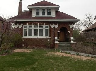 447 Longcommon Rd , Riverside IL
