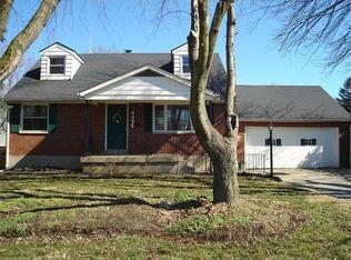 4496 Sunray Rd , Dayton OH