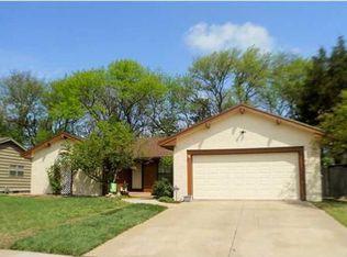 6808 E Farmview St , Wichita KS