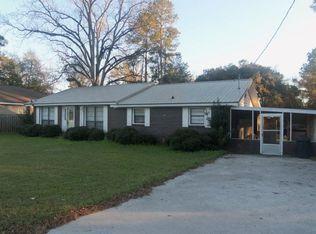 203 W Colquitt St , Sparks GA